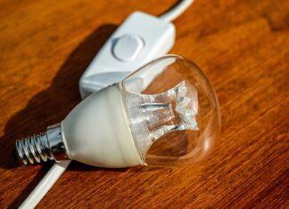 ile kosztuje kilowatogodzina