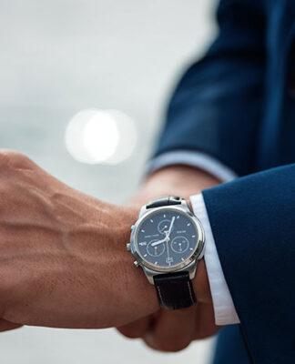 Jaki zegarek do garnituru